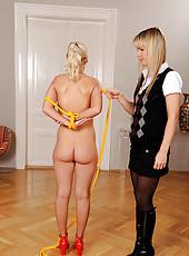 Blonde Cindy White gets bound tight