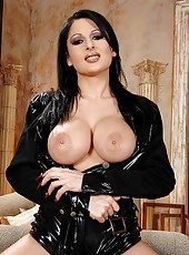 Hot busty babe Alison in latexwear