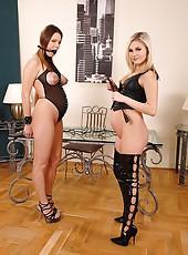 Lesbian Kyla Fox & Laura Crystal