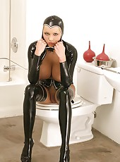 Hot Porn Star Hanna Hilton in latex