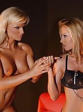 Lesbian Milf