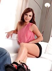 Kinky Russian Babe Alysa Footjobs