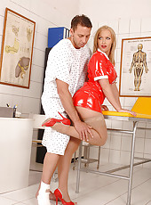Nurse Kathia Nobili doing footjob