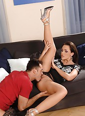 Hot Veronica Carso gets feet fucked