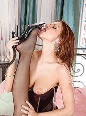 Hot lesbian foot fetish sex action