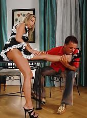 Sexy maid Daria gives a hot footjob