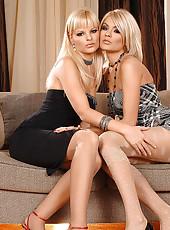 Lesbians Jasmine Rouge & Nancy Bell