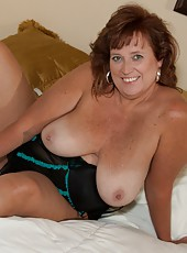 Join Dawn Marie Up In The Loft