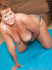 Dawn Marie All Oiled up