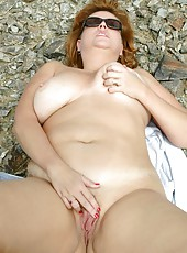 Dawn Marie Nude In Her Neighborhood